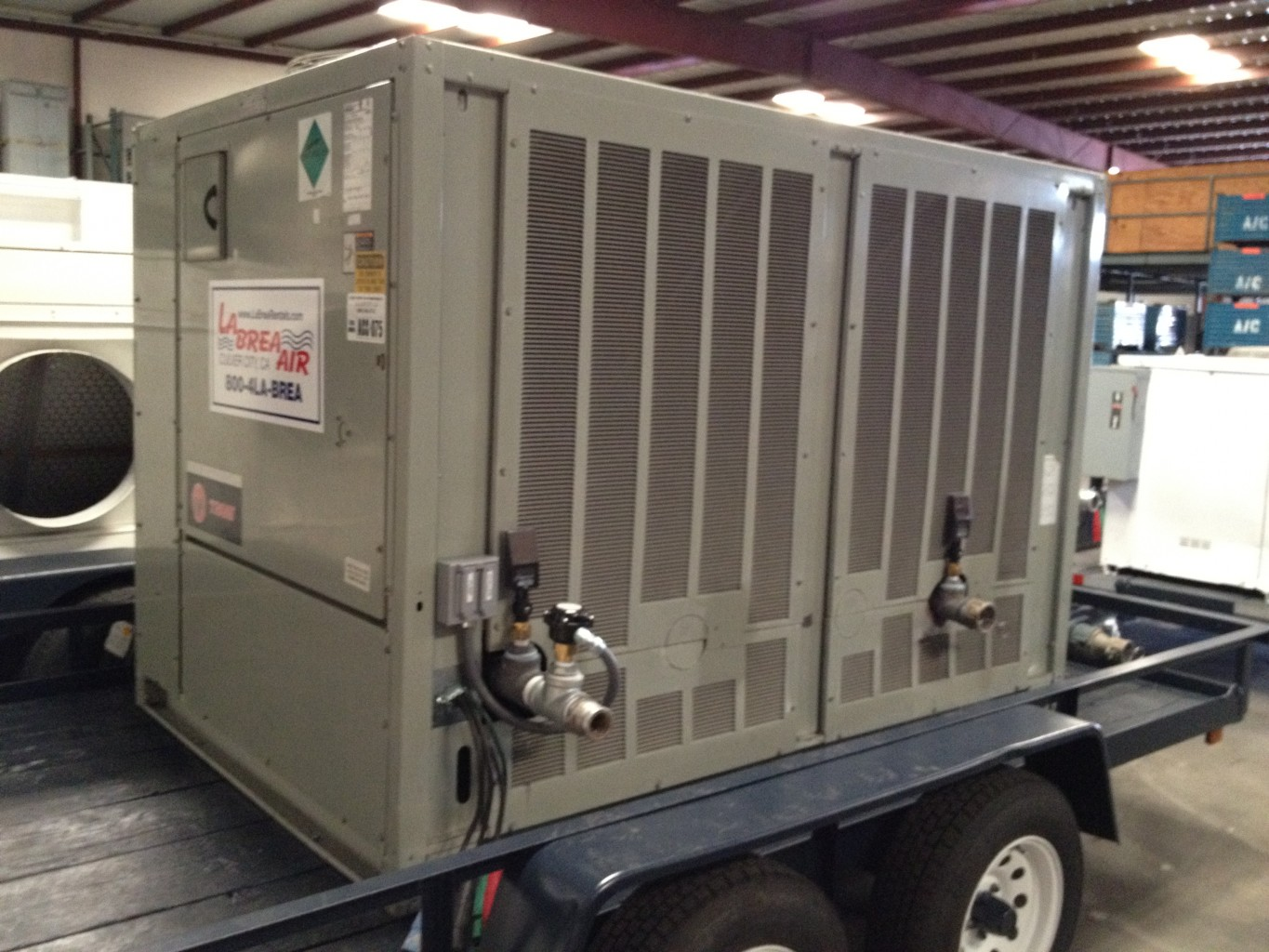 Emergency 40 Ton AC Chiller